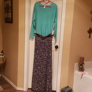 Maxi skirt and lynnae outfit